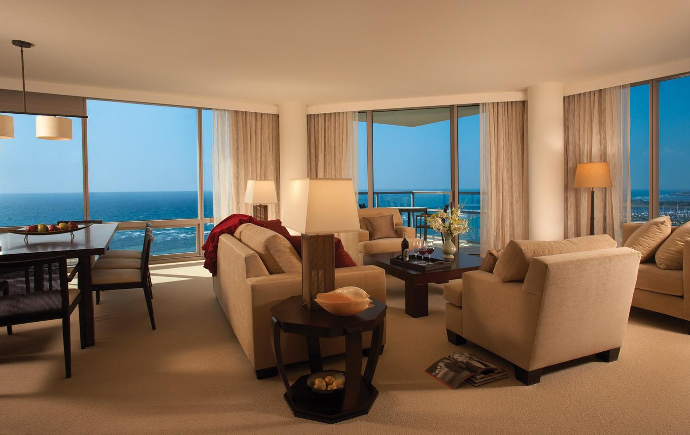 Trump international hotel waikiki beach walk honolulu hawaii - 2 bedroom suites honolulu hawaii ...